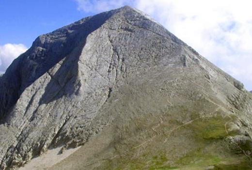 Hiking Vihren peak